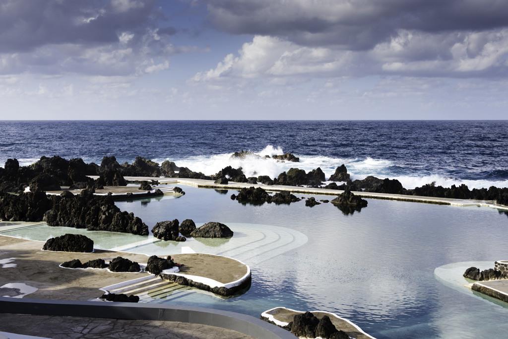 natural-pools-in-porto-moniz