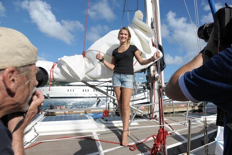 Внимание общественности вскоре стало для девушки привычным делом. Фото: abc.net.au