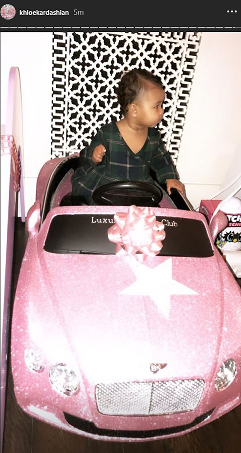 7816628-6528971-Over_the_top_to_the_extreme_Here_is_a_pink_Bentley_kid_car_with_-a-12_1545766435411