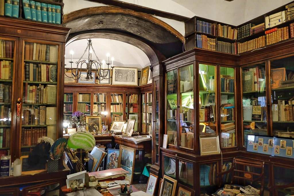 Antica Libreria Cascianelli, Рим