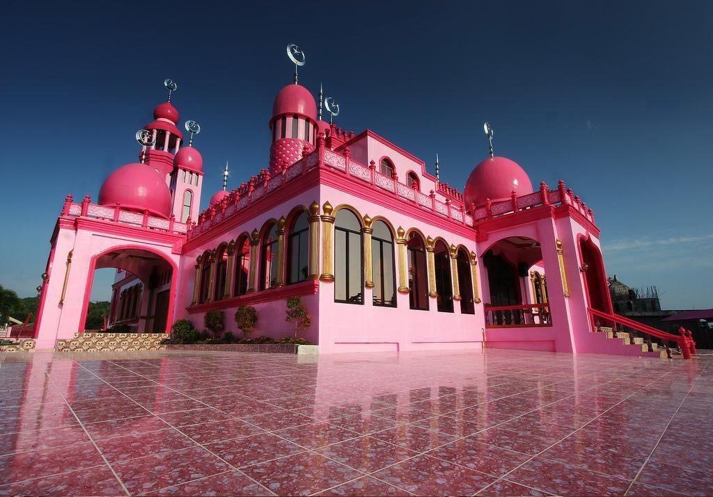 Розовая мечеть Фото: samstroy.com