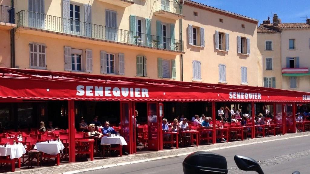 Ресторан Senequier в Сен-Тропе. Фото: sainttropez.com.