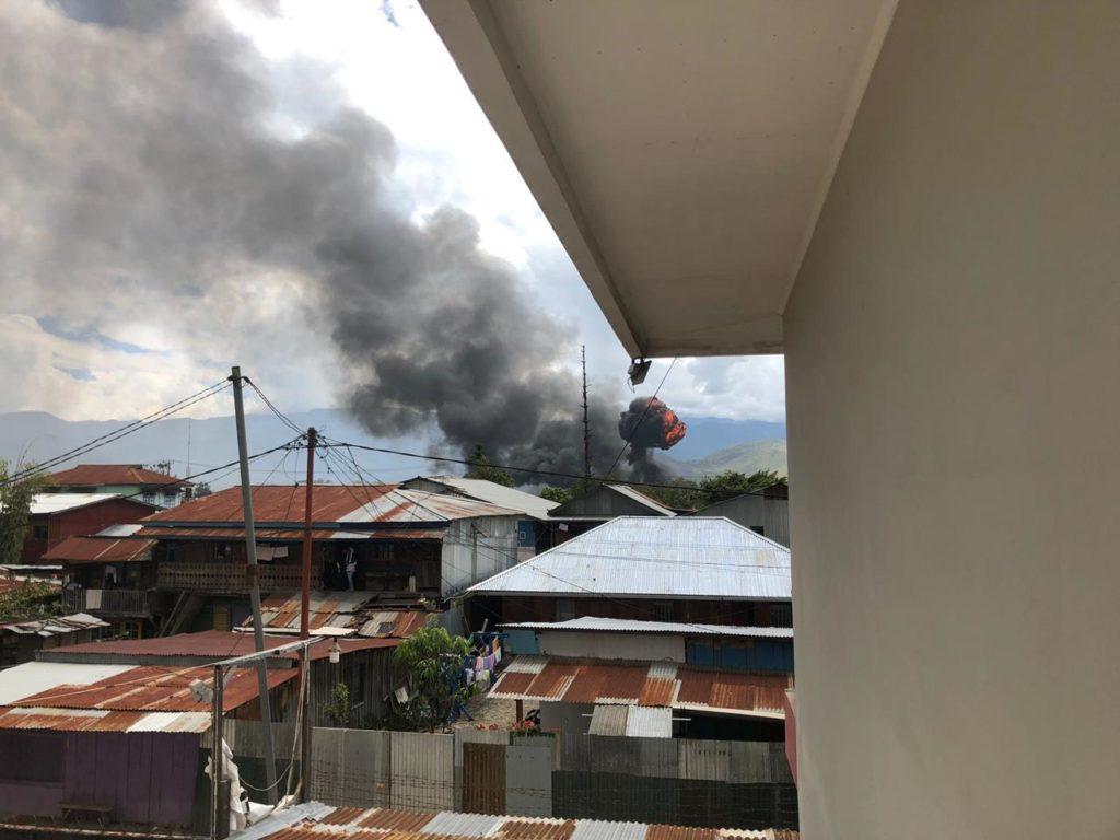 Восстание в индонезийском городе Вамена