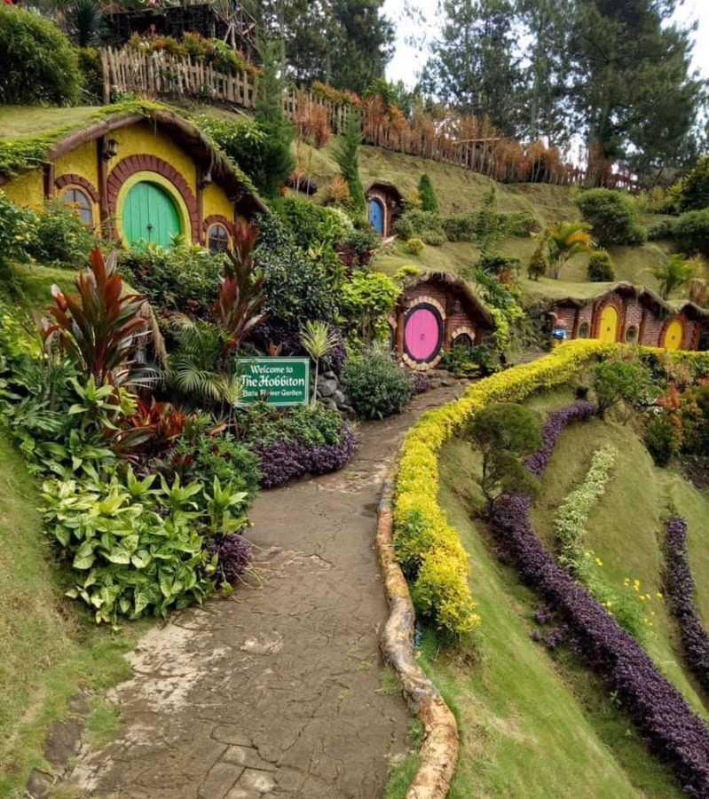Сказочный городок получит название «Hobbithills» или «Hobbitvill»