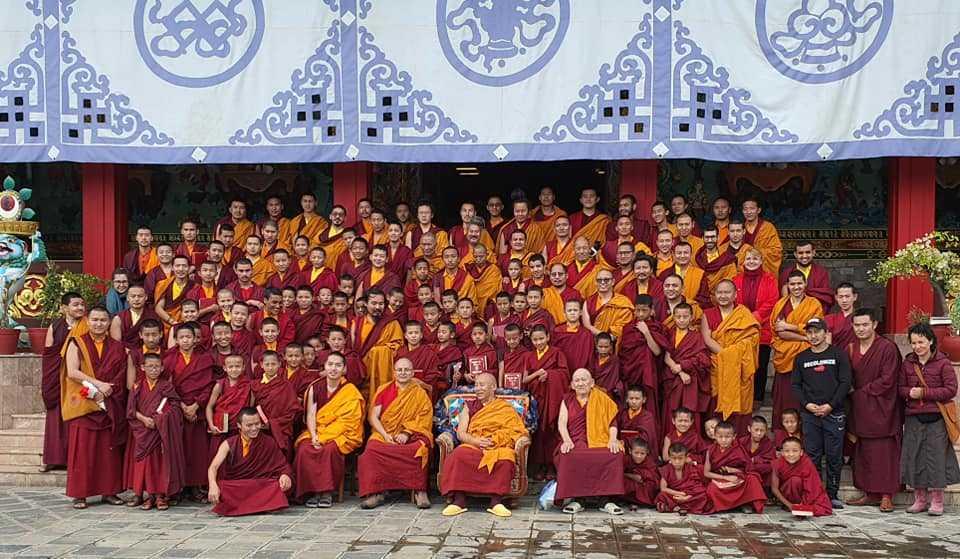 Непал - монастырь в Катманду