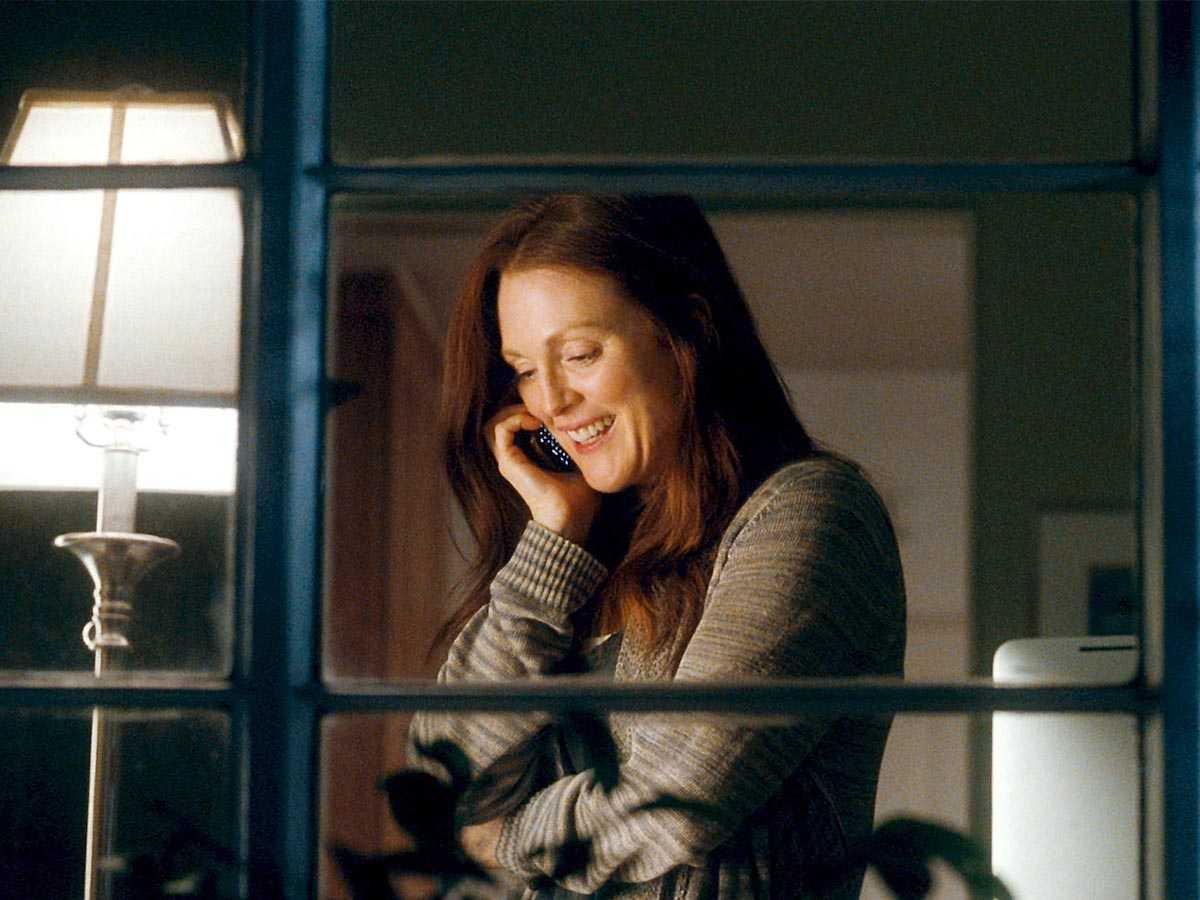 """""""Эта. Дурацкая. Любовь"""" с Джуалианой Мур, Райаном Гослингом также доступны бесплатно онлайн на HBO"""