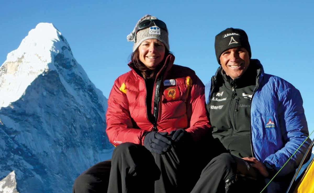 В 2011 году она смогла покорить все 14 мировых гор