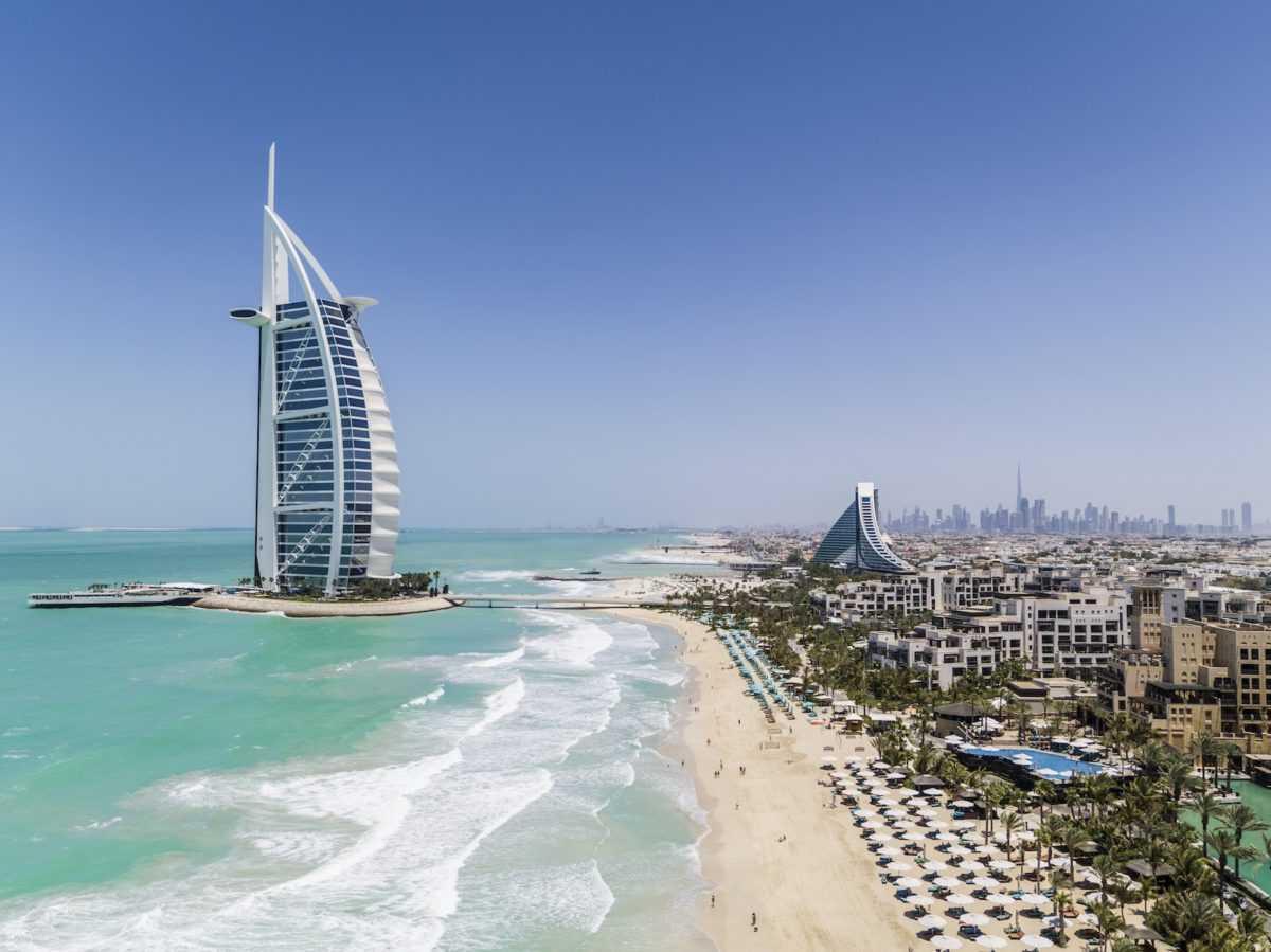 Отель-парус в Дубае Burj Al Arab Jumeirah запустил бесплатные онлайн-тренировки