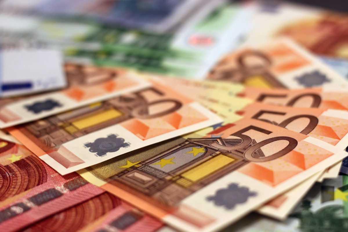 В Украине за нарушение правил предусмотрен штраф от 17 тысяч до 34 тысяч гривен.