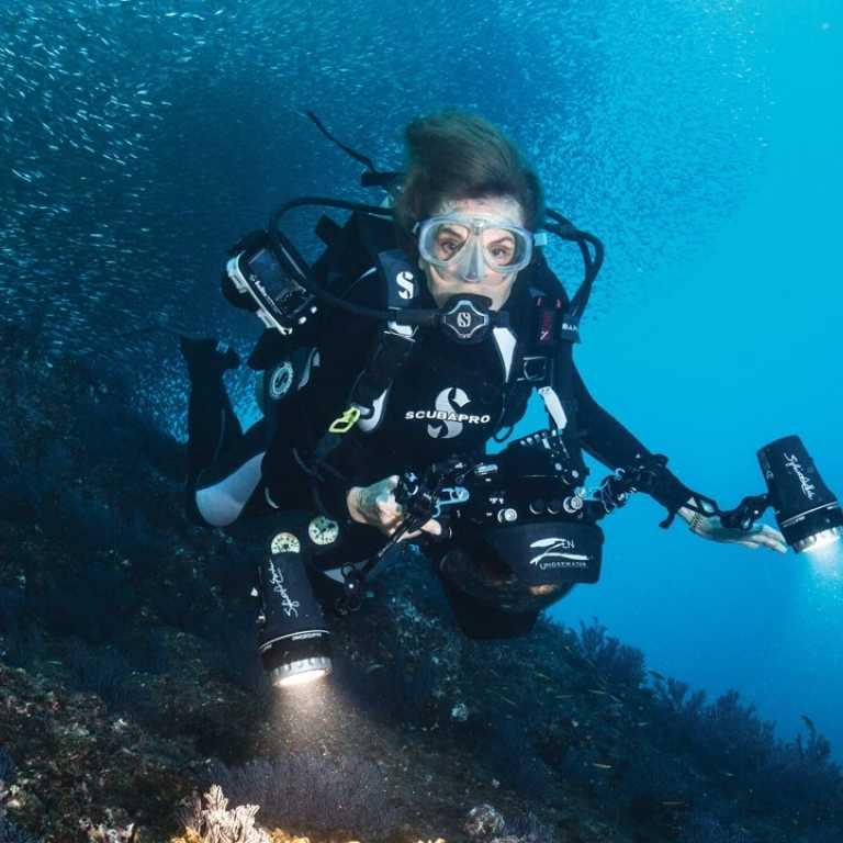 Сильвия основала свой фонд Mission Blue, который занимается морскими исследованиями и защитой подводного мира