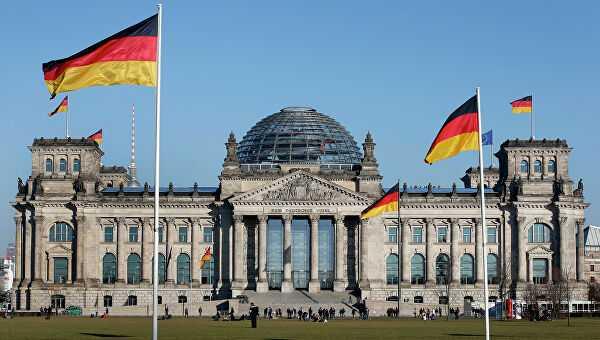 Германия начинает открывать границы