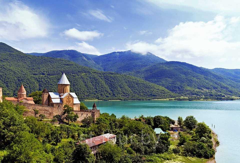 Грузия начинает туристический сезон