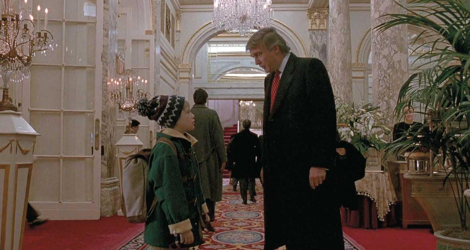 Дональд Трамп и Кевин в отеле Плаза