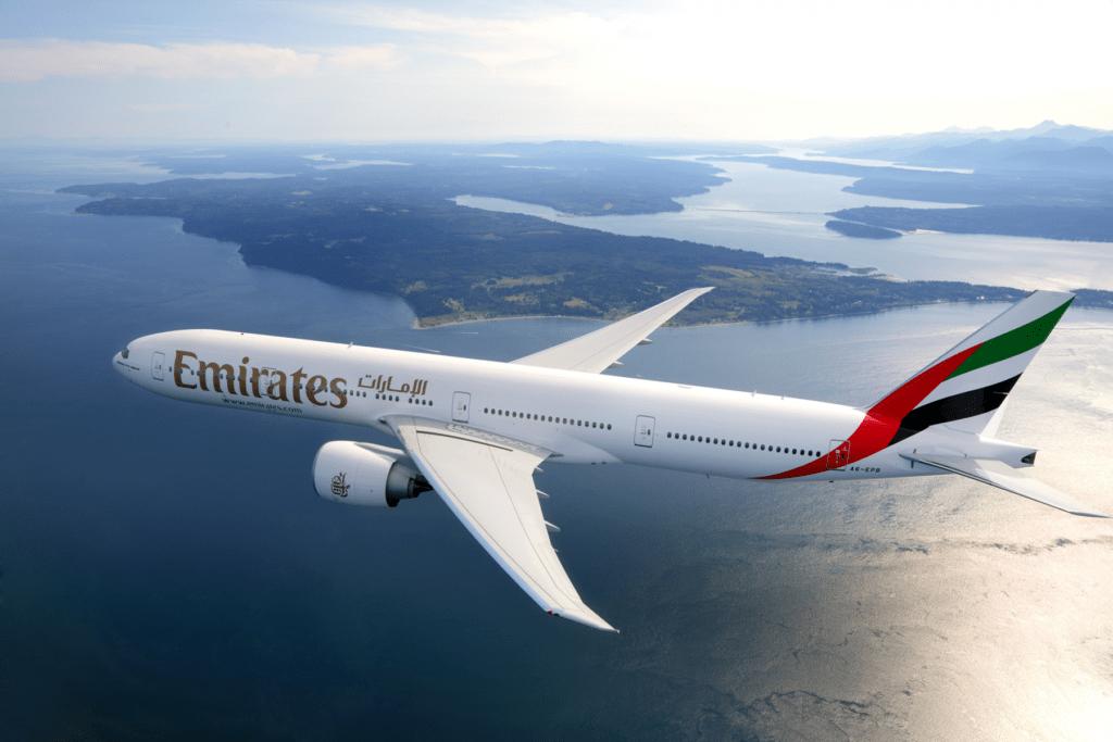 Emirates возобновляет полеты 20 новым маршрутам