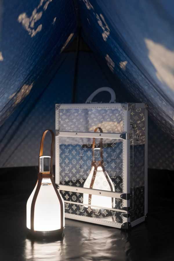 Louis Vuitton представили палатку для походов