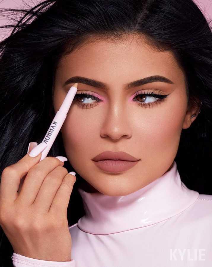 эталоны красоты: Kylie Cosmetics