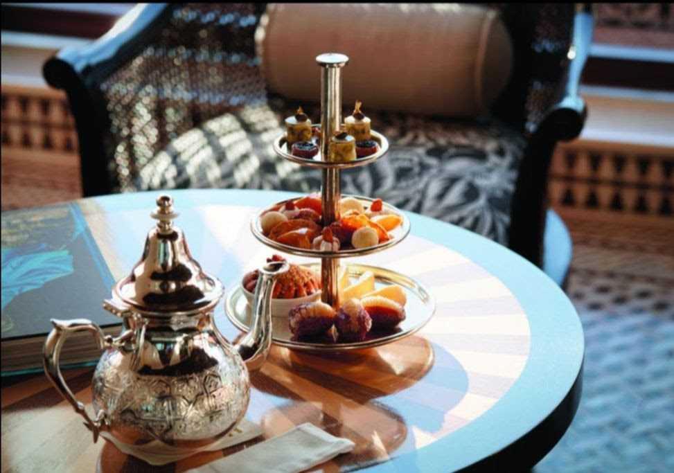 Марокканский мятный чай является символом гостеприимства