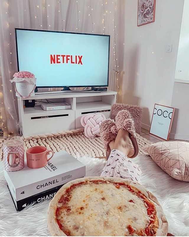 Самые популярные сериалы Netflix 2020