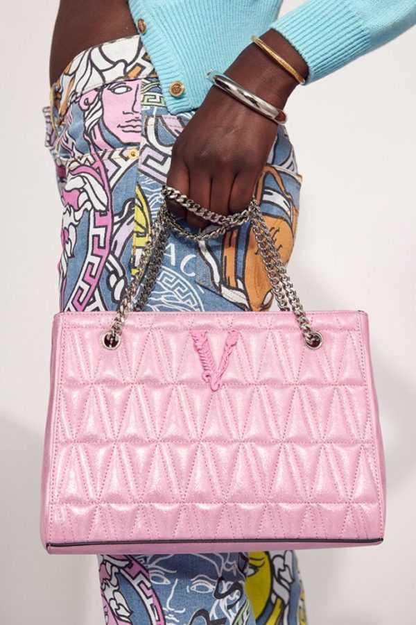 Versace презентовали коллекцию аксессуаров и украшений