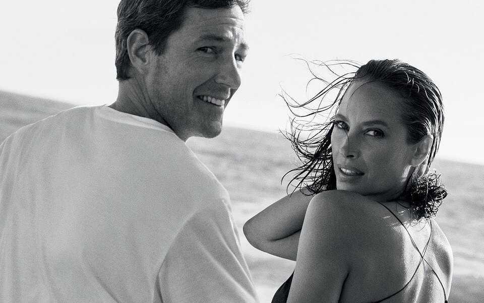 Супермодель Кристи Тарлингтон и ее муж в рекламе Calvin Klein