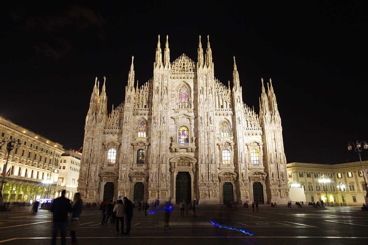 В Милане предлагают бесплатное проживание в отелях
