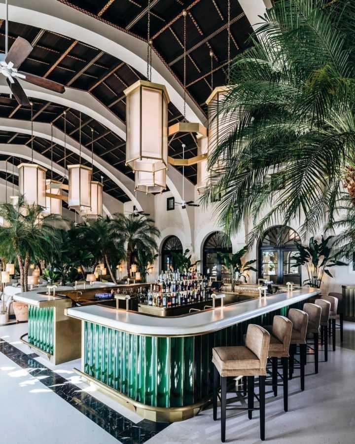 Four Seasons Hotel at the Surf Club - гид по Майами