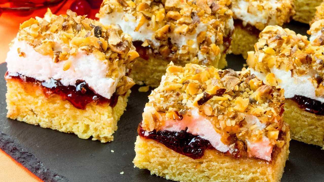 Рецепт от кондитеров Елизаветы II: пирожные с фруктовым джемом