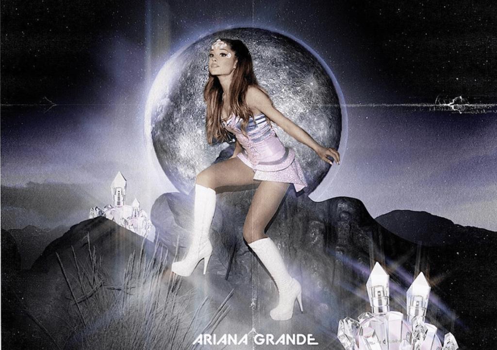 Ариана Гранде выпустила новый аромат в виде кристалла