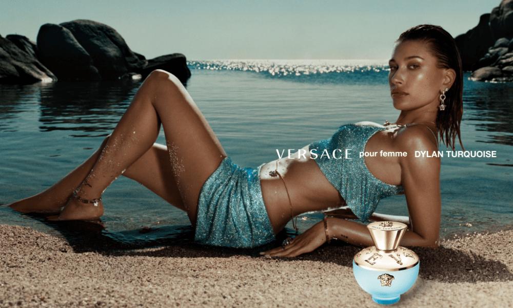 Хейли Бибер и Белла Хадид снялись в рекламе Versace