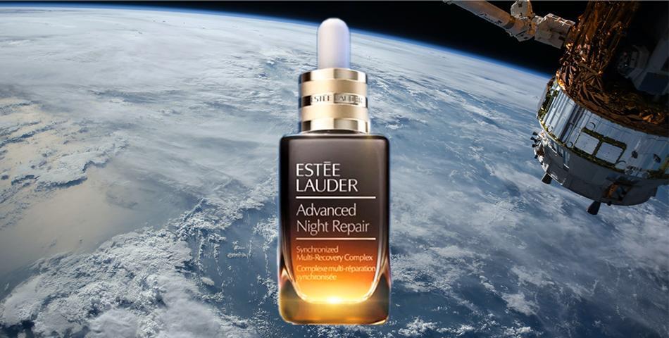 Косметический бренд Estee Lauder сняли рекламную кампанию в открытом космосе.