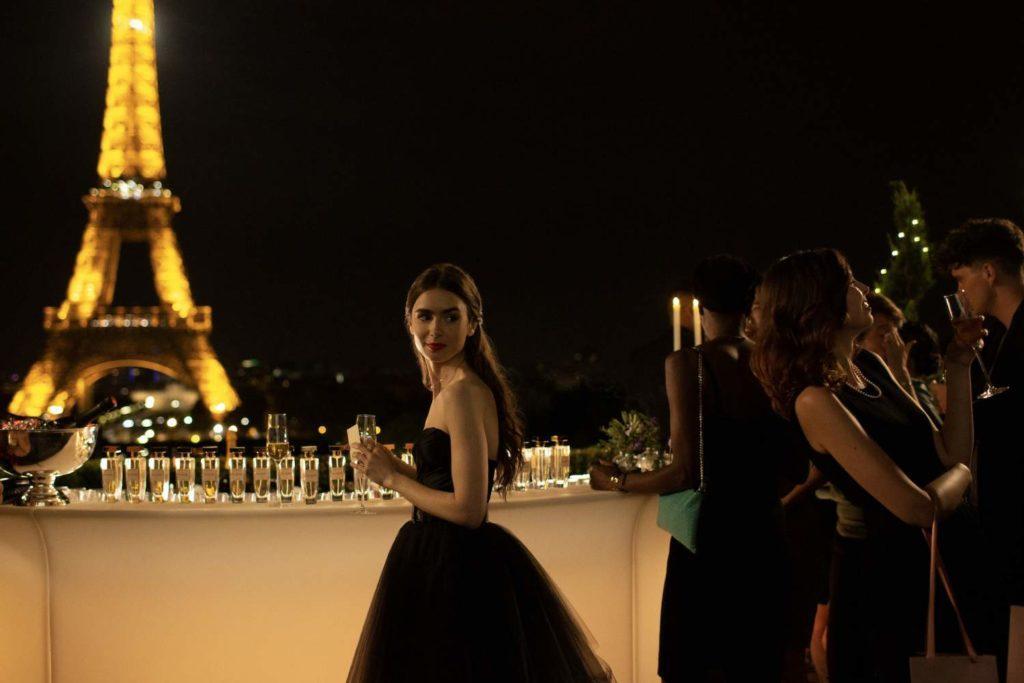 10 самых ожидаемых сериалов осени: «Эмили в Париже»
