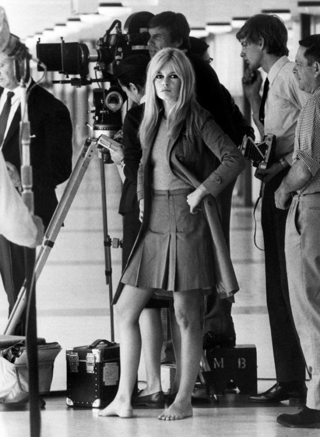 актриса чемоданы