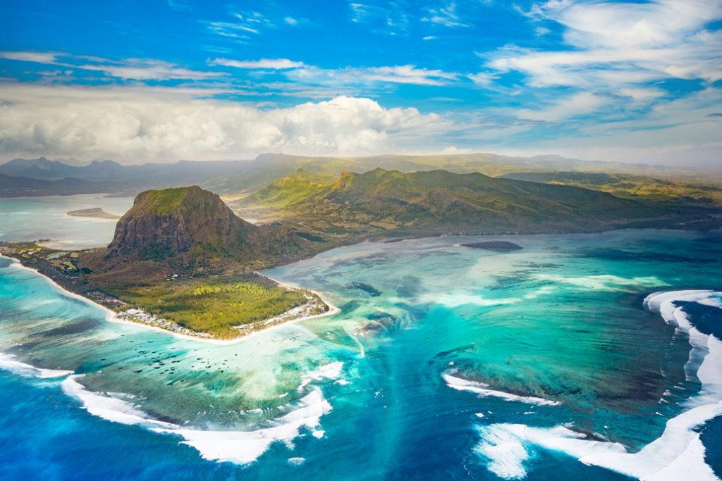 Маврикий начнет принимать путешественников