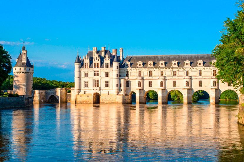Chanel покажут новую коллекцию в замке Шенонсо