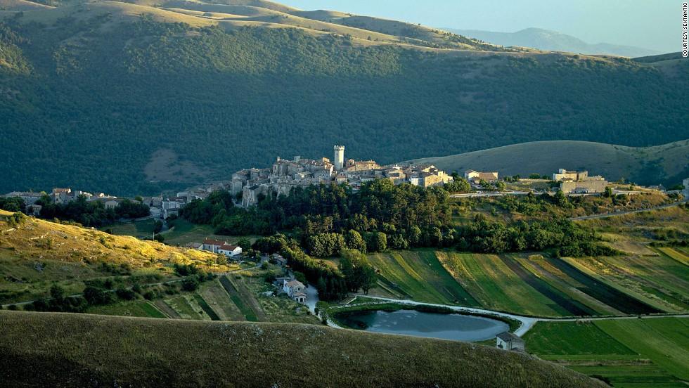 Щедрое вознаграждение: в итальянскую деревню ищут жителей