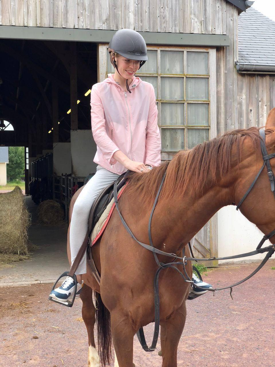 конные прогулки Нормандия
