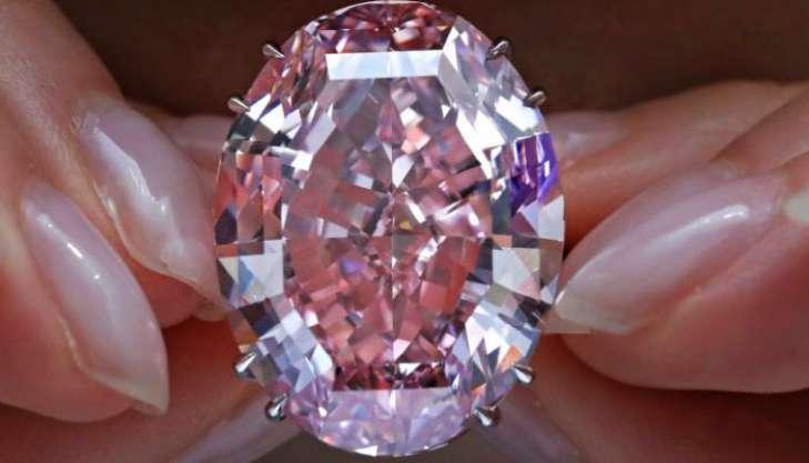 «Дух розы»: розовый бриллиант продали за $26,6 миллиона