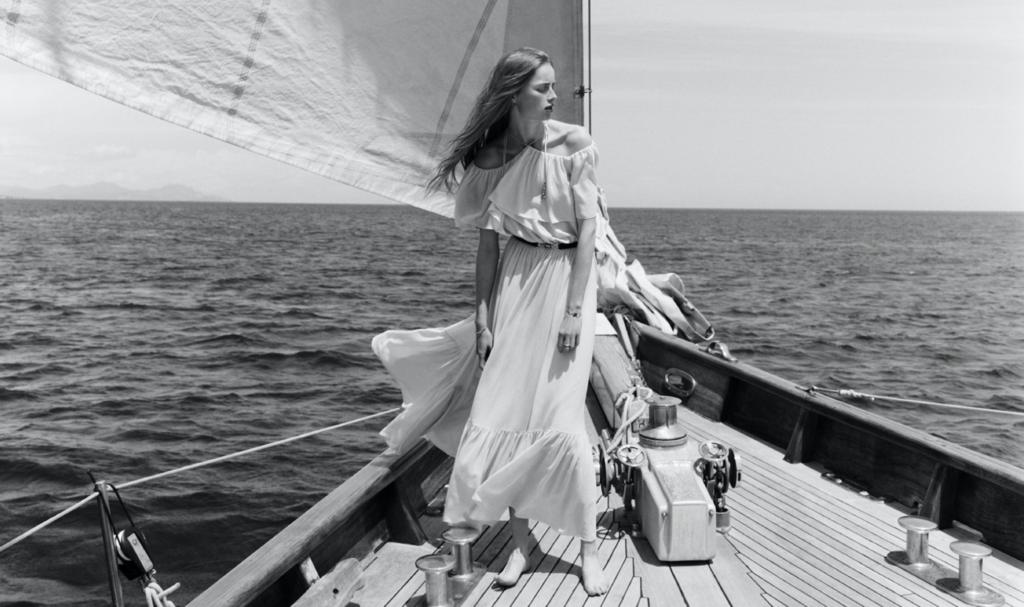 Французский бренд Celine представил лукбук круизной коллекции