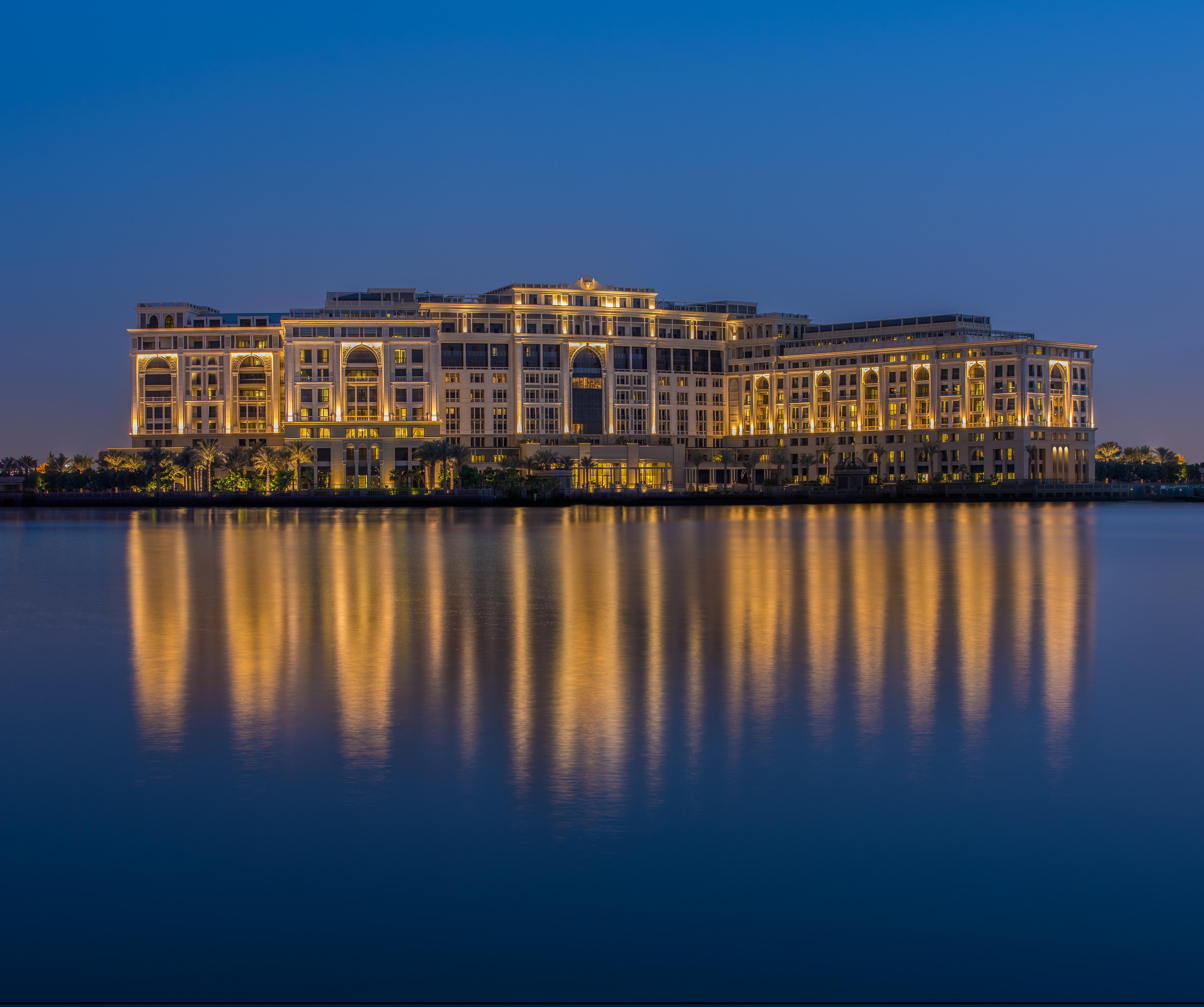 Уединенный оазис в самом сердце Дубая: отель Ritz-Carlton, Dubai