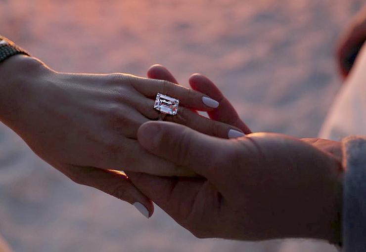 Джей Ло кольцо