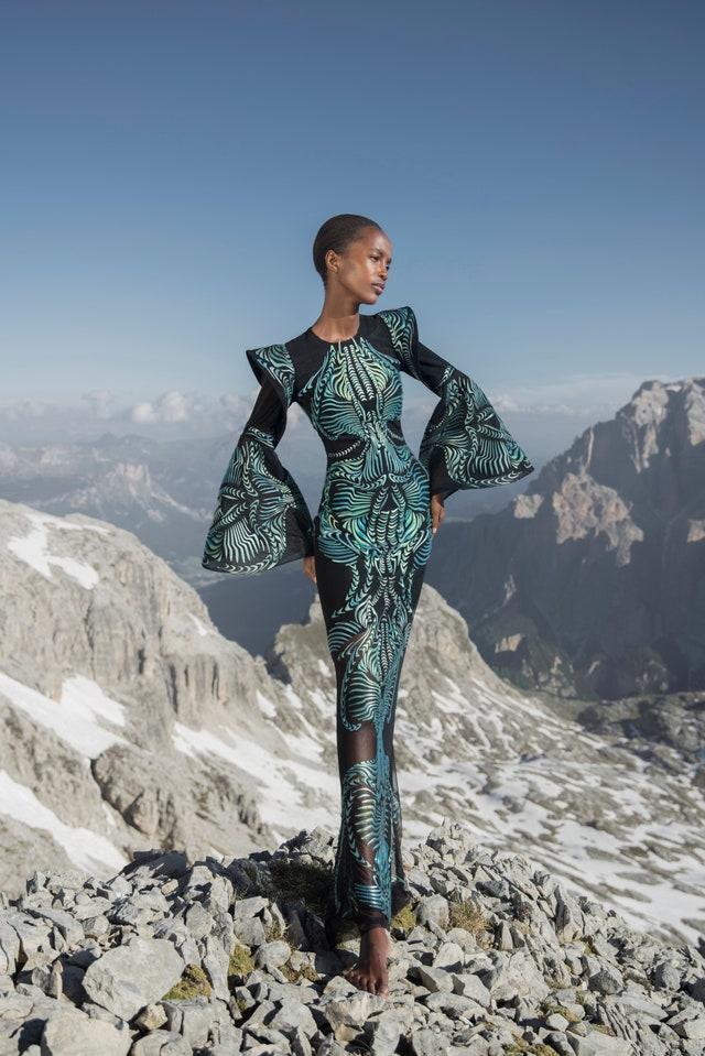 Iris van Herpen осень-зима 2022