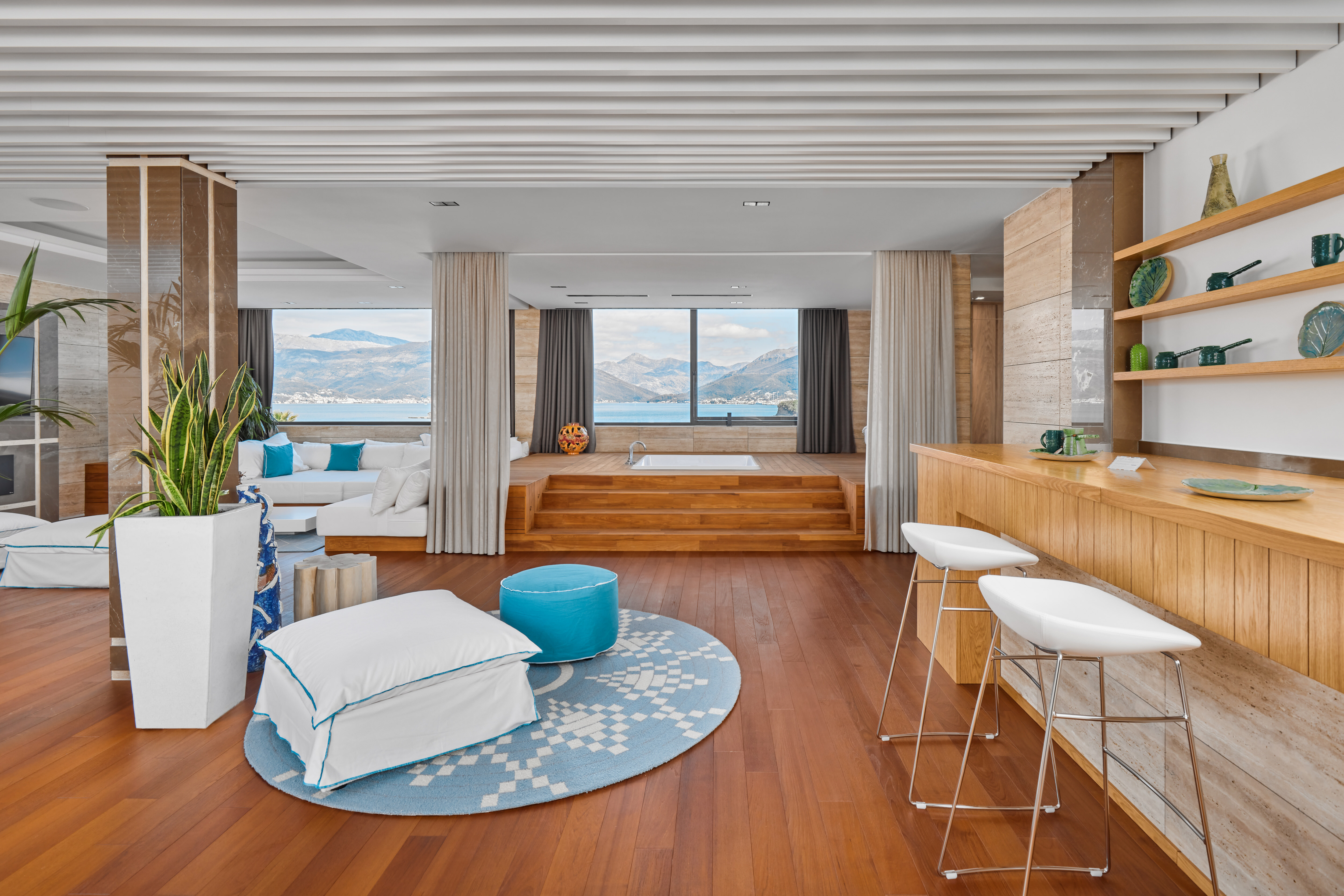Ultimate Suite Sea View King